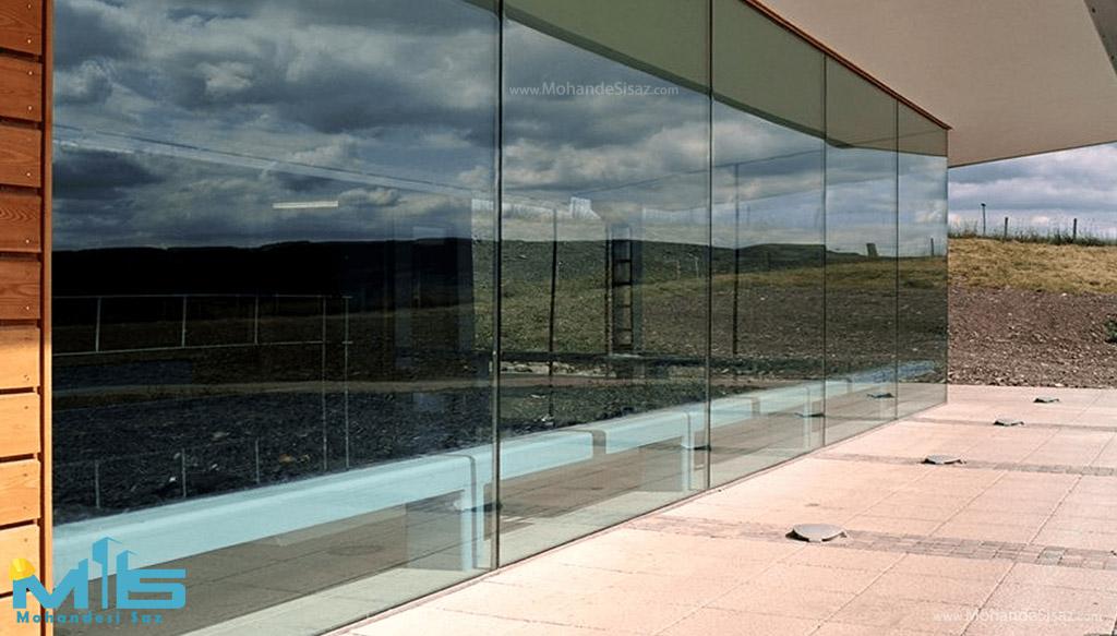 شیشه در نما